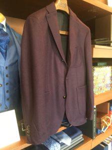 伝統的なサルトリアの手法を活かしつつ進化を続けるブランド「BOGLIOLI(ボリオリ)」のジャケットの修理事例