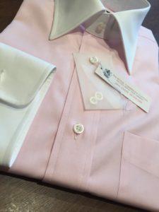 ピンク クレリックシャツ 前立て