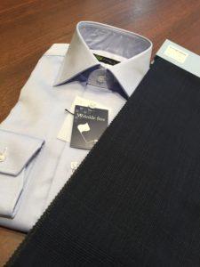 ブルーシャツ ネイビースーツ