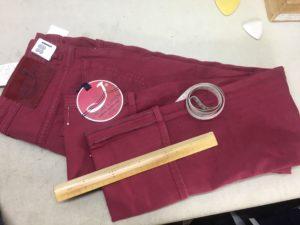 イタリア発!日本の男性に大人気デニムのヤコブコーエンの股下の裾上げのご依頼をいただきました。¥900+税 横浜リフォーム専門店 ナガサカ