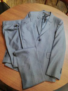 ルイヴィトンのスーツのリフォーム
