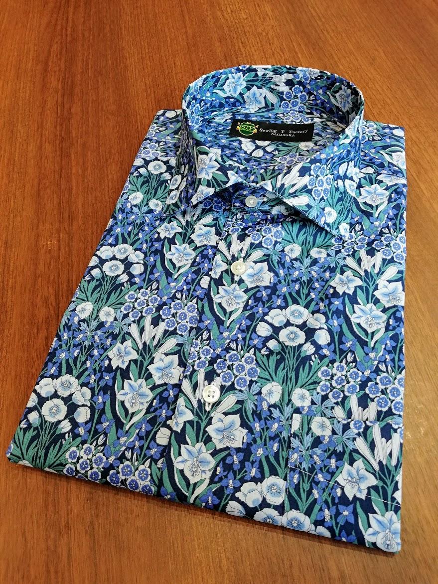 リバティの生地を使った、半袖シャツの出来上がりをご紹介!